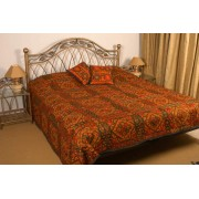 Classic bedspread with hand embroidery